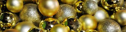 How To Decorate Christmas Balls Ornaments How To Store Christmas Decorations Effectively