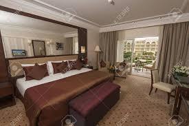 chambre de luxe design chambre deluxe montrant design d intérieur dans un hôtel de luxe