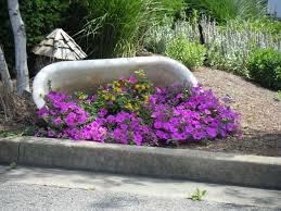 Lead Bathtub Great Idea For An Old Bathtub Garden Pinterest Bathtubs