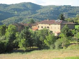 italian villa le caselle for large groups of family and friends