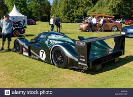 bentley exp speed 8 2003 bentley speed 8 le mans race car on the 18th fairway during