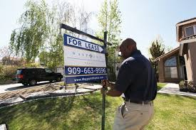 investors who bought foreclosed homes in bulk look to sell the