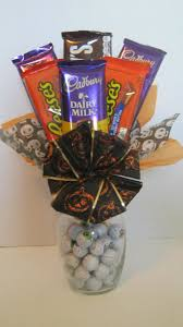 Gift Baskets For Halloween by 25 Best Halloween Gift Baskets Ideas On Pinterest Candy Pumpkin