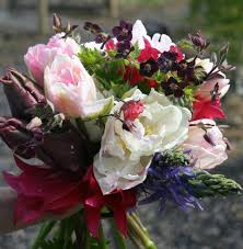 wedding flowers kilkenny competition time win a 300 voucher for wedding flowers from the