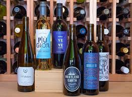 wine subscription gift 23 best wine subscription boxes 2018 update wineclubreviews net