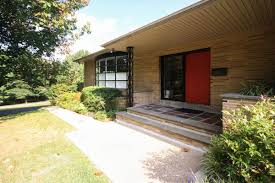 Mid Century Homes Midcentury Home In East Falls With Room To Spare Asks 950k