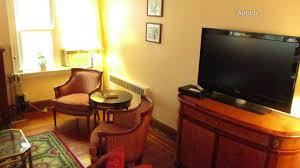 trump living room president trump u0027s childhood home is on airbnb wgn tv