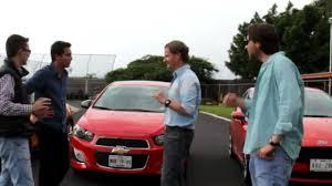chevy sonic vs ford focus comparativa hatches mini cooper s fiat 500c abarth ford