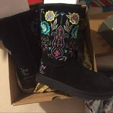 womens ugg juliette boot 10 ugg boots ugg juliette black floral boot from vivaglam s