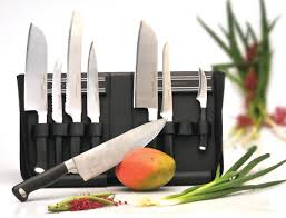 find here the berghoff knife case with magnetic holders