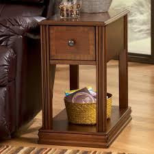 signature design by ashley breegin brown moulded hamlyn chairside