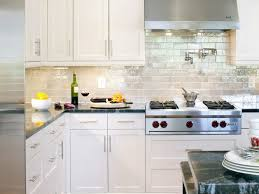 Pulls For Kitchen Cabinets by Kitchen White Shaker Cabinets Black Countertops Western Knobs