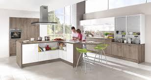 cuisine bois et blanc laqué cuisine bois et blanc laque modele cuisine blanc laque modele