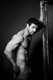 video of john abraham u0027s knee surgery will make you realise the