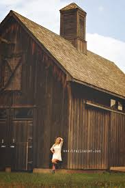 top 25 best barn senior pictures ideas on pinterest senior pics