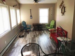 Home Decor Liquidators Colonial Heights Va Like The Rustic Look Love Bull Barn Oak This Style Has A