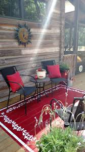 Patio Area Rug I Opted To Paint An Area Rug On The Sun Deck I Simply Painted A