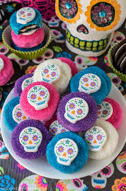 sugar skull chocolate covered oreo cookies at mommy