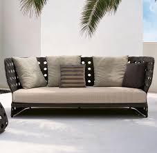 Tisch Im Wohnzimmer Diese Gartenmöbel Machen Sich Auch Im Wohnzimmer Gut Welt