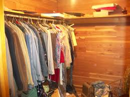 bedroom 4 u2013 master u2013 walk in cedar closet u2013 greenpen investments