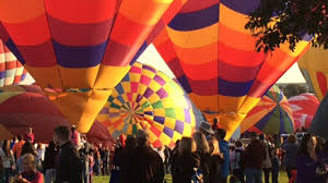 balloon delivery colorado springs balloon classic wows spectators in colorado springs cbs denver