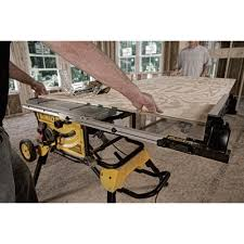 dewalt table saw dust collection dewalt 10in jobsite table saw 15 amp 32 1 2in rip capacity