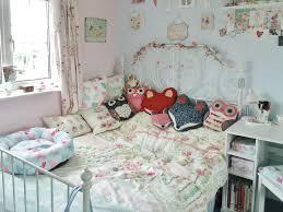 bedroom room tour bedding giveaway victoria u0027s vintage blog