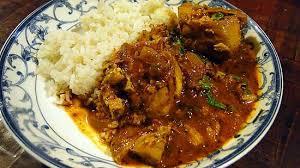 cuisine marocaine facile et rapide recette de poulet marocain avec aubergines tomates et amandes