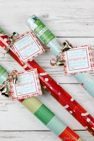wrapping paper neighbor gift idea with printable loves glam