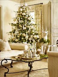 White And Gold Christmas Decorations Ideas by