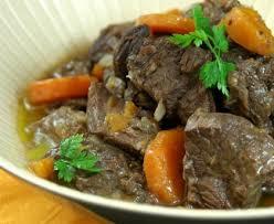 cuisiner un boeuf bourguignon boeuf bourguignon recette de boeuf bourguignon marmiton