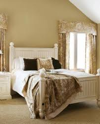 Feng Shui Bed Facing Feng Shui Help Bed Position And Window Lovetoknow