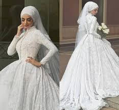 long sleeve winter wedding dresses 2016 bridal veil is a long