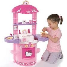 jouet de cuisine pour fille des stéréotypes aux normes