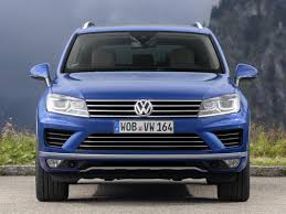 volkswagen touareg blue 2015 volkswagen touareg v6 tdi gets mild power boost