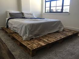How To Make A Platform Bed With Pallets by The 25 Best Pallet Platform Bed Ideas On Pinterest Diy Bed