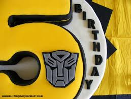 transformers birthday cakes transformers birthday cake giveaway elizabeth s kitchen diary