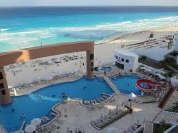 California is it safe to travel to cancun images Cancun vs cabo a look at two great mexico destinations expedia ca jpg