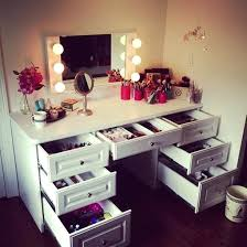Ikea Vanity Table With Mirror And Bench Vanity Desks Mirror Table Make Up Makeup Table Furniture Mirror