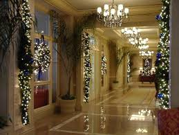 Christmas Decorations Outdoor Ideas Columns by Best 25 Commercial Christmas Decorations Ideas On Pinterest