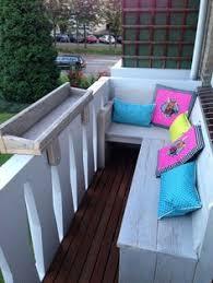 bank balkon hoekbankje voor op een smal balkon alleen nog lekkere