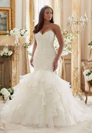 wedding dress for curvy best wedding dress for curvy figure pictures styles ideas 2018