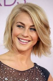 how to make your hair like julianne hough from rock of ages 4 red carpet worthy ways to style your bob bob hair cuts