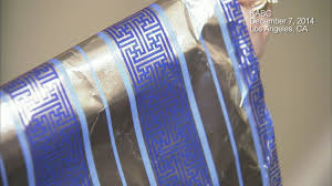 hanukkah wrapping paper pulls swastika gift wrap after social media uproar