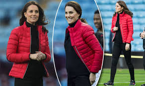 kate middleton casual kate middleton shows baby bump as she slips on casual puffed