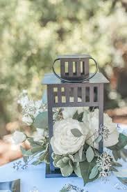 lanterns for wedding centerpieces centerpieces with lanterns and flowers best 25 lantern wedding