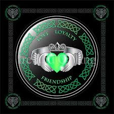 claddagh rings meaning claddagh ring meaning and history ireland calling
