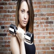 8 exercícios simples para tonificar os seios