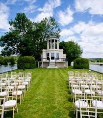 wedding venues on island temple island wedding venue henley on thames oxfordshire