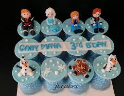 disney frozen theme cupcakes and princess elsa dollcake for